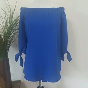 NWT STACCATO Off Shoulder Blouse Top